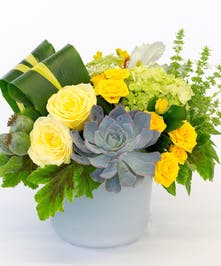 Yellow Roses & Green Full Bloom Hydrangea